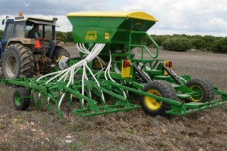 Los equipos de siembra directa acaparan el 65% de las ayudas del Plan Renove de maquinaria agrícola