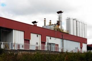 Medio Rural se compromete a mediar con las industrias para impulsar la subida inmediata de los precios de la leche