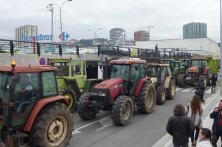 Los ganaderos levantan el bloqueo a Lidl tras lograr un acuerdo