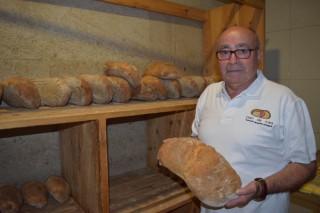 """""""Hay hornos de Pan de Cea que venden fuera de Galicia el 80% de su producción"""""""