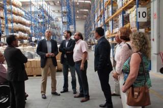 Conde destaca la visión empresarial de las cooperativas en su visita a Delagro