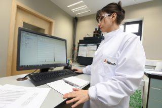 El análisis Alltech 37+® detecta cinco nuevas micotoxinas que amenazan la salud animal y la rentabilidad de los ganaderos