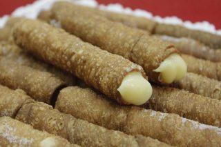Cañas fritas de O Carballiño, postre de sello gallego