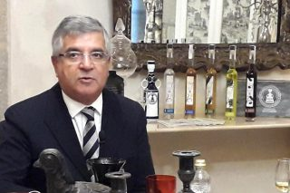 """""""Gran parte de la aguardiente que se vende como gallega no lo es"""""""