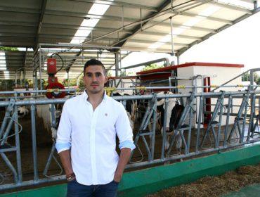 SAT A Campa, ordeño robotizado de Holstein y Jersey