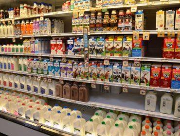 Mercadona se compromete a no verder la leche por debajo de 60 céntimos el litro