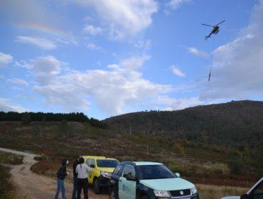Portugal aprende de Galicia como emplear el helimulching para proteger el suelo tras un incendio