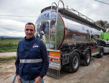 «Lo que más me gusta de mi trabajo es el vínculo y la relación de confianza que se crea entre el ganadero y el lechero»