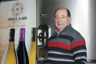 """El """"colleiteiro"""" Alfonso Albor recibirá el premio """"Vida entre vides"""" de la D.O. Ribeiro"""
