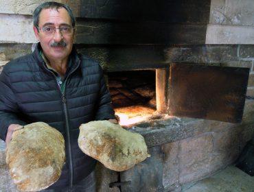 «El 40% de la harina que usamos en cada hornada es de trigo gallego»