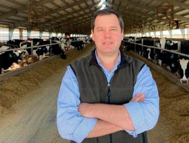 """""""Hoy en EEUU el 5% de las ganaderías ordeña casi el 60% del total de vacas lecheras del país"""""""
