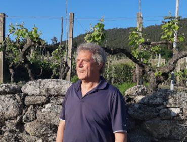 """""""El sector del vino gallego cojea en viticultura, en conocer y cuidar los suelos de la viña"""""""