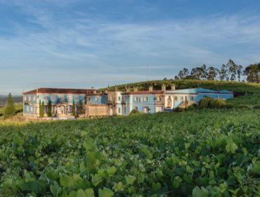 Bodegas Granbazán, pioneros en la maceración de la uva y la crianza en barrica en Rías Baixas
