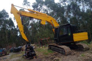 Se vende equipo de maquinaria forestal