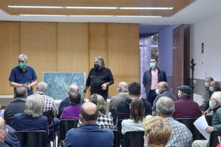 La Xunta informa a los vecinos de Ames de las ventajas de implementar una aldea modelo